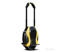 Фото моноколеса Inmotion V3 Pro Yellow с выдвижной ручкой