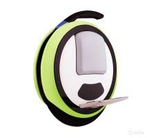 Фото моноколеса Ninebot One E+ Green с ручкой для переноски