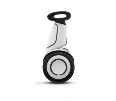 Мини-Сигвей Xiaomi Ninebot mini Plus вид сбоку