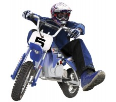 Фото электробайка Razor MX350 Blue в движении
