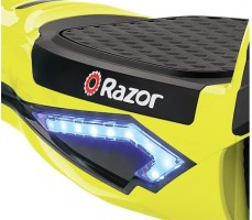 Гироскутер Razor Hovertrax 2.0 Green спереди на фару освещения