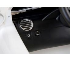 Фото торпеды электромобиля Mercedes-Benz SRL McLaren Silver