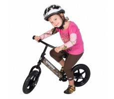 фото ребенка на беговеле Strider 12 Custom Classic Realtree