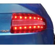 Фото габаритных огней электромобиля CT-518 Blue