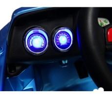 Фото приборной панели электромобиля CT-518 Blue