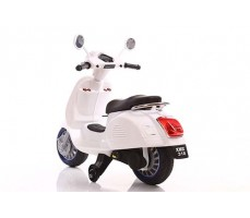 фото Детский электроскутер TOYLAND Vespa XMX 318 White