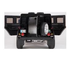 фото электромобиля Barty Land Rover Defender Black сзади