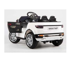 фото электромобиля Barty Land Rover M007MP VIP White сзади