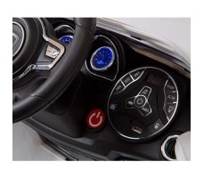 фото передней панели электромобиля Barty М003МР Porsche Macan Black