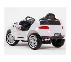 фото электромобиля Barty М003МР Porsche Macan White сзади