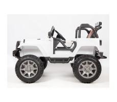 фото электромобиля Barty Т010МР 4*4 White сбоку