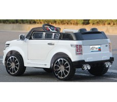 Фото электромобиля Joy Automatic HZLA198 Rover White в движении
