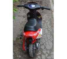 Фото электроскутера Joy Automatic LMOOXR3-Bike 350w Red вид сзади