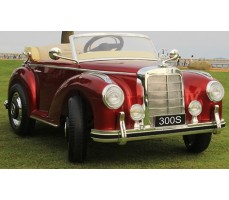 Электромобиль Mercedes-Benz 300S Red