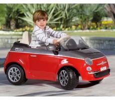 Фото электромобиля Peg-Perego Peg-Perego Fiat 500 Red с пассажиром