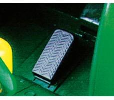 Фото педали тормоза электромобиля Peg-Perego John Deere Gator HPX Green
