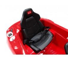 Фото сиденья электромобиля Rastar Ferrari F12 Red