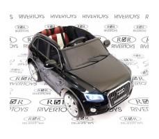 Фото электромобиля River Toys AUDI Q5 Black вид спереди