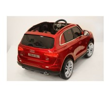Фото электромобиля River Toys AUDI Q5 Red вид сзади