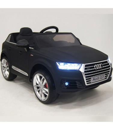 Детский электромобиль RiverToys Audi Q7 Quattro Black | Купить, цена, отзывы