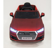 фото детского электромобиля RiverToys Audi Q7 Quattro Red спереди
