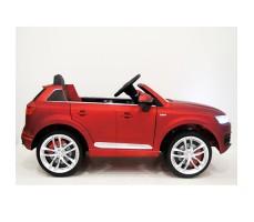 фото детского электромобиля RiverToys Audi Q7 Quattro Red сбоку