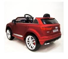 фото детского электромобиля RiverToys Audi Q7 Quattro Red сзади