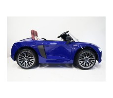 фото детского электромобиля RiverToys Audi R8 Blue сбоку