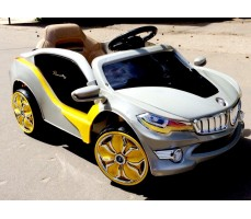 Фото электромобиля RiverToys BMW O002OO Silver вид сбоку