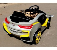 Фото электромобиля RiverToys BMW O002OO Silver вид сзади