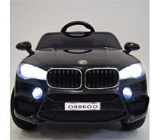 фото детского электромобиля RiverToys BMW O006OO Black спереди