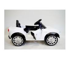 Боковое фото детского электромобиля RiverToys BMW O111OO White