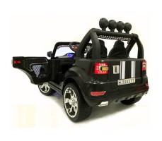 Электромобиль River Toys BMW T005TT 4x4 Black вид сзади
