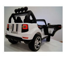 Электромобиль River Toys BMW T005TT 4x4 White вид сзади