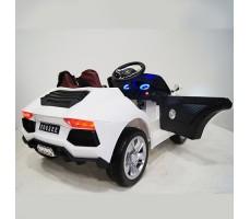 фото детского электромобиля RiverToys Е002ЕЕ White сзади