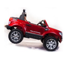 Электромобиль River Toys NEW Ford Ranger 4WD Red вид сбоку с ручкой