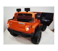 Электромобиль River Toys Jeep Wrangler O999OO 4x4 Orange вид сзади