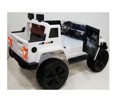 Электромобиль River Toys Jeep Wrangler O999OO 4x4 White вид сзади