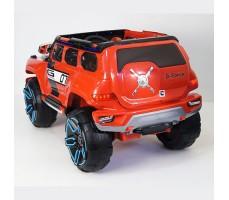 фото детского электромобиля RiverToys Merc E333KX Red сзади