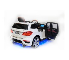 foto-rivertoys-mercedes-benz-a999aa-white-2