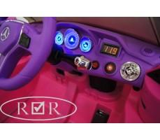 Фото приборной панели электромобиля Mercedes-Benz GLK300 Pink