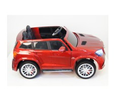 Электромобиль River Toys Mercedes-Benz GLS63 4WD Red вид сбоку