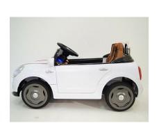 фото детского электромобиля RiverToys Mini Cooper C111CC White сбоку