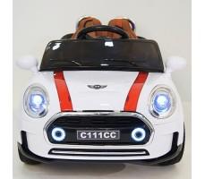 фото детского электромобиля RiverToys Mini Cooper C111CC White спереди