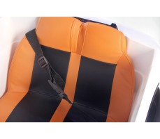 Фото сидений электромобиля Porshe О001ОО VIP-RESTYLING White