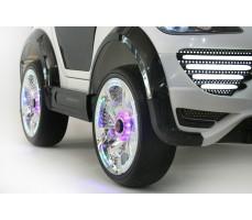Фото колес электромобиля Porshe О001ОО VIP-RESTYLING White