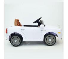 фото детского электромобиля RiverToys RollsRoyce C333CC White сбоку