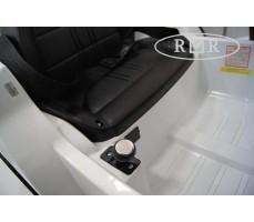 Фото рычага переключения скоростей электромобиля RiverToys BMW T004TT White