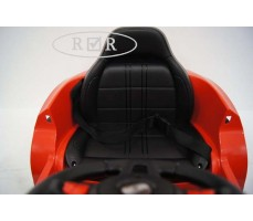 Фото сиденья электромобиля RiverToys BMW T004TT Red