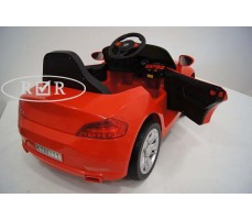 Фото электромобиля RiverToys BMW T004TT Red вид сзади